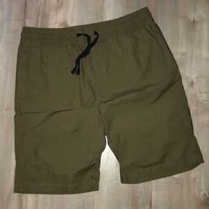Brand new H&M LOGG shorts men's size small